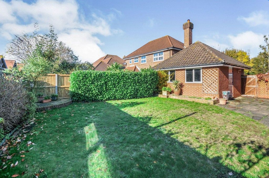 4 bed house for sale in Marrabon Close, Sidcup, DA15  - Property Image 8