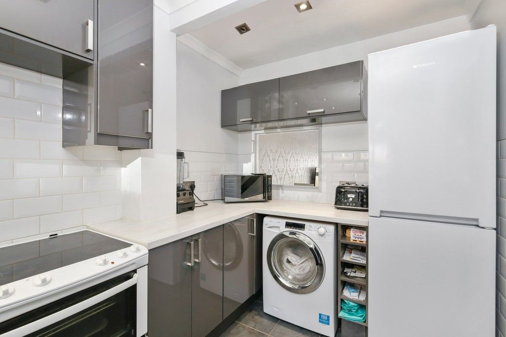 2 bed flat for sale in Manor Road, Sidcup, DA15  - Property Image 9