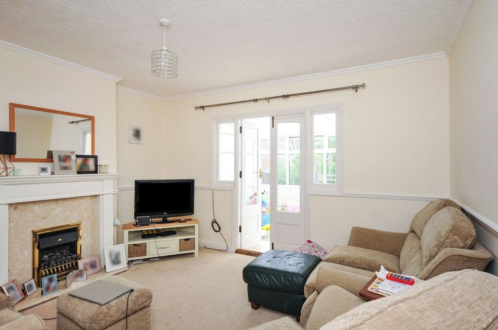 3 bed bungalow for sale in Carisbrooke Avenue, Bexley, DA5, DA5