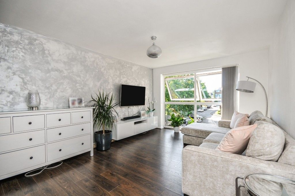 1 bed flat for sale in Longlands Road, Sidcup, DA15 - Property Image 1