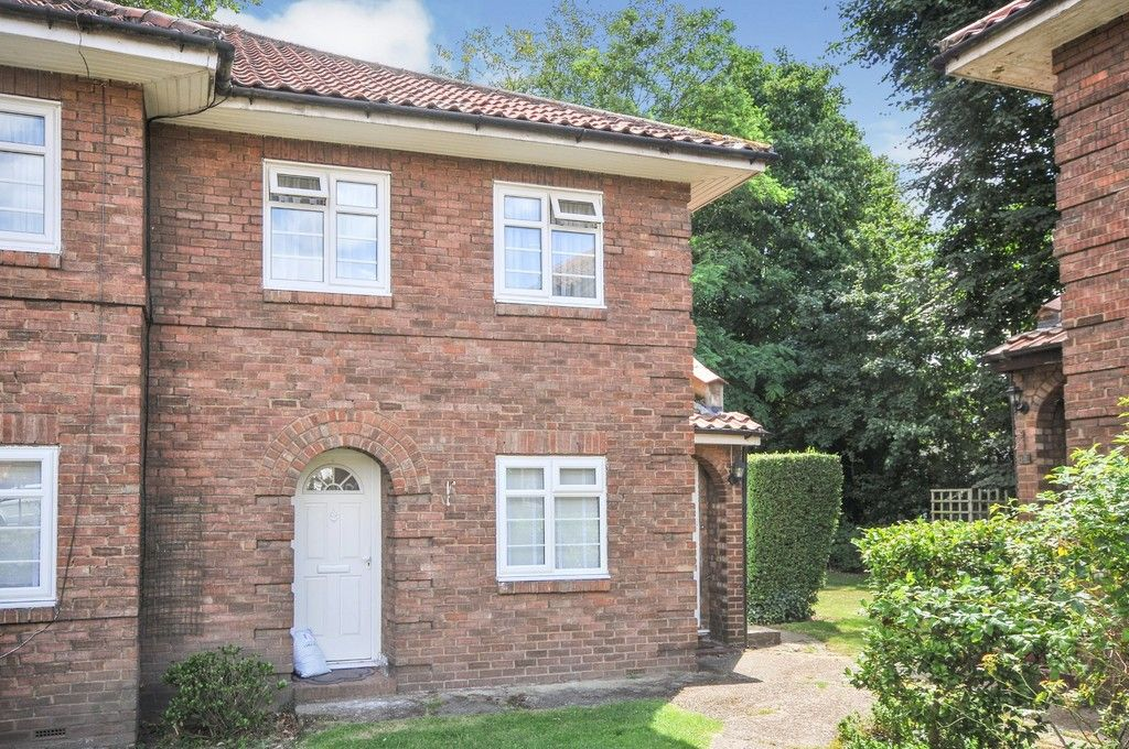 2 bed flat for sale in Sidcup Hill Gardens, Sidcup, DA14, DA14