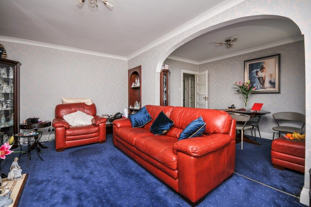 2 bed flat for sale in Sidcup Hill Gardens, Sidcup, DA14  - Property Image 3