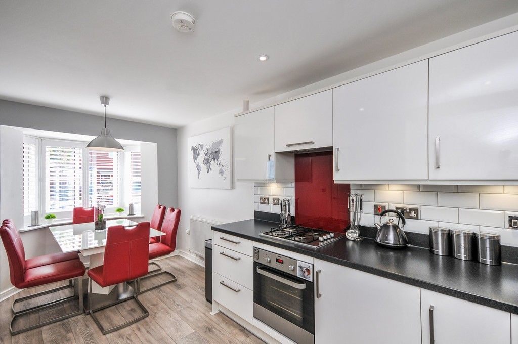 3 bed house for sale in Sun Marsh Way, Gravesend, DA12  - Property Image 2