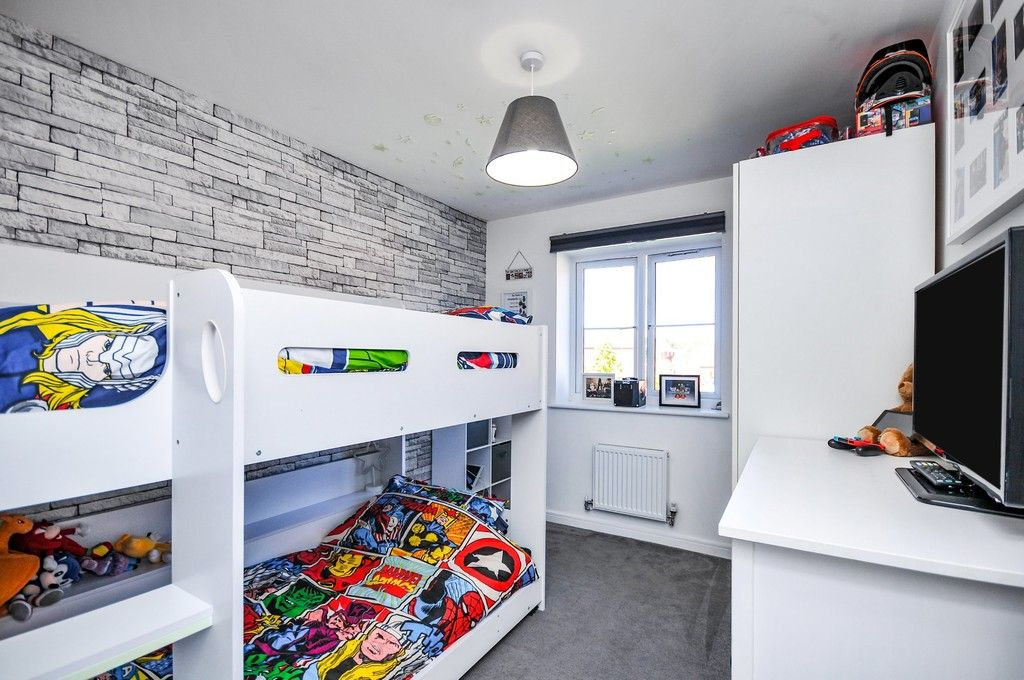 3 bed house for sale in Sun Marsh Way, Gravesend, DA12  - Property Image 12