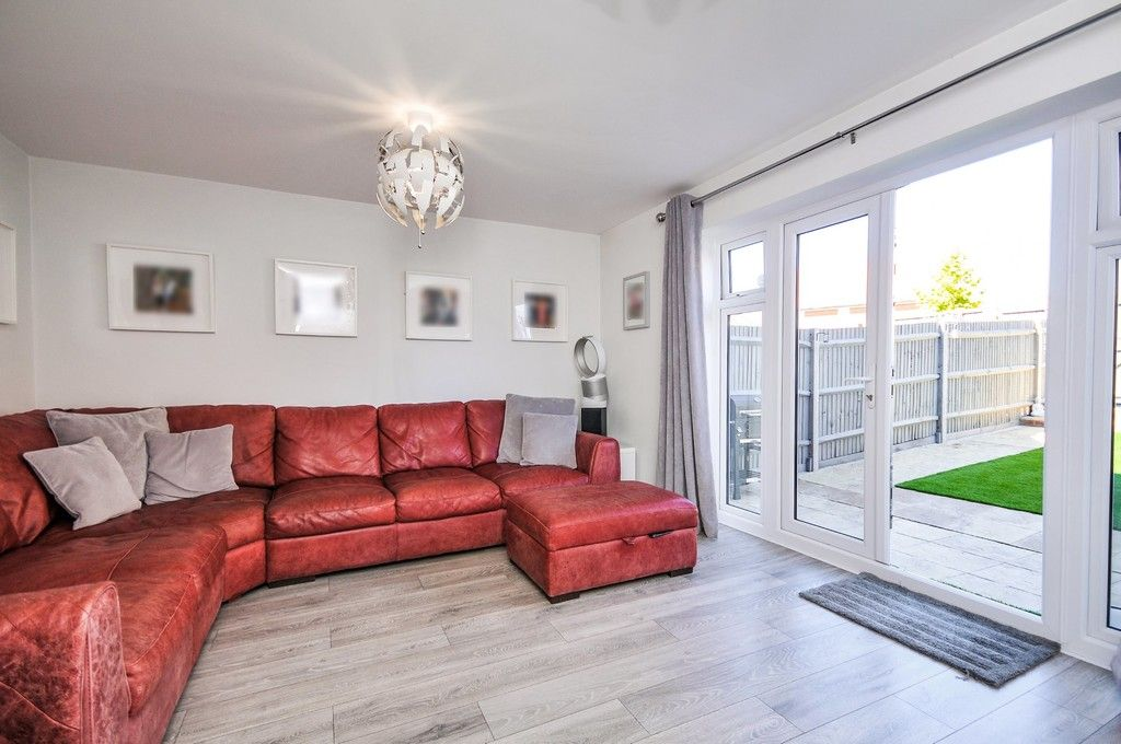 3 bed house for sale in Sun Marsh Way, Gravesend, DA12  - Property Image 6