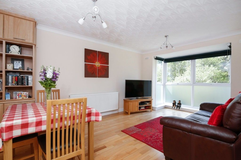 2 bed flat for sale in Highview Road, Sidcup, DA14  - Property Image 2