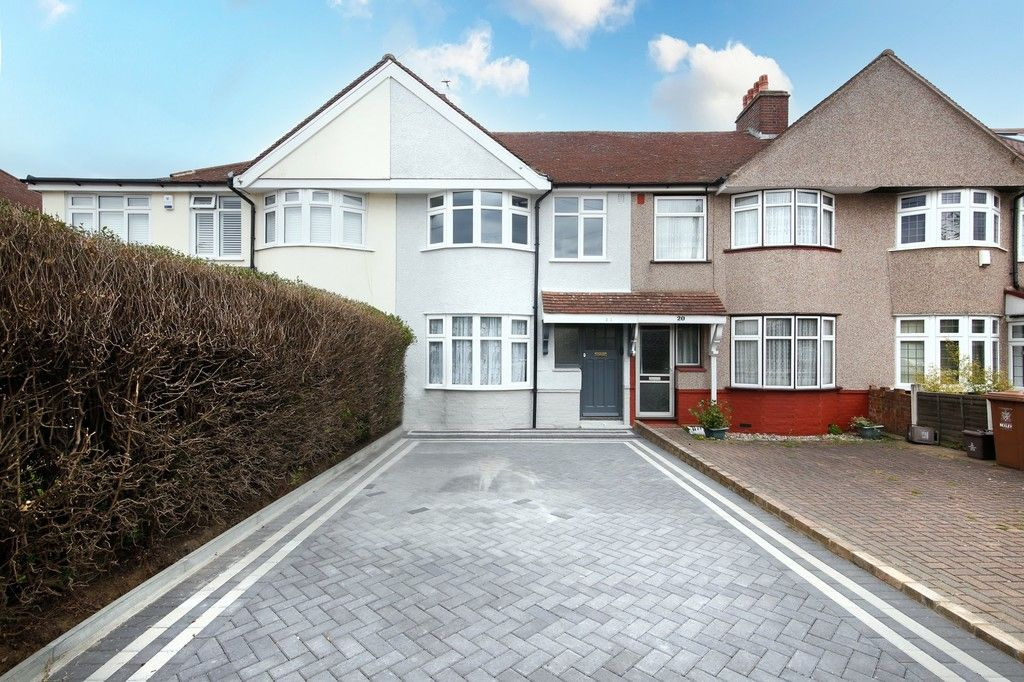 3 bed house for sale in Meadow View, Sidcup, DA15 - Property Image 1