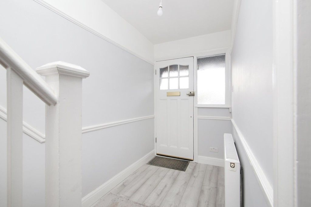 3 bed house for sale in Meadow View, Sidcup, DA15  - Property Image 2
