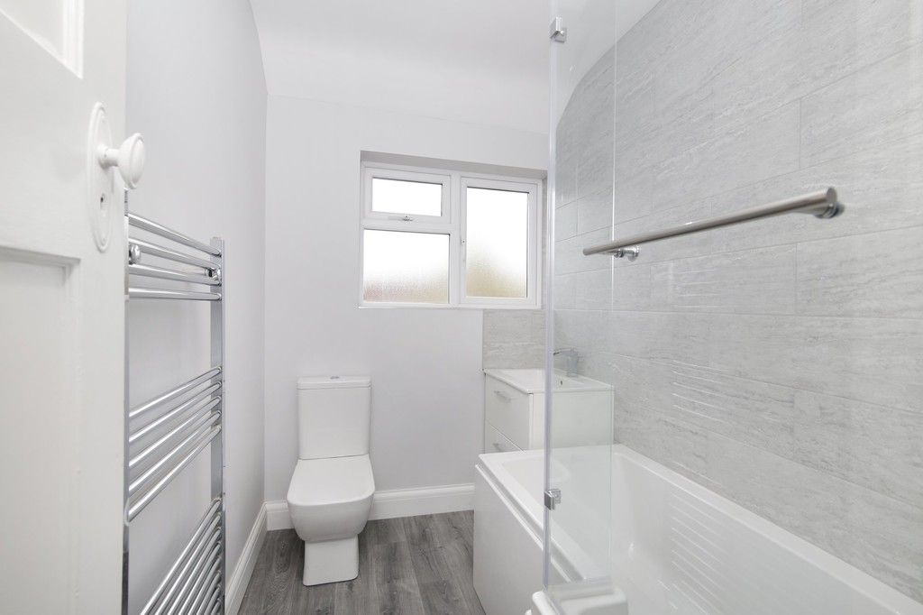 3 bed house for sale in Meadow View, Sidcup, DA15  - Property Image 6