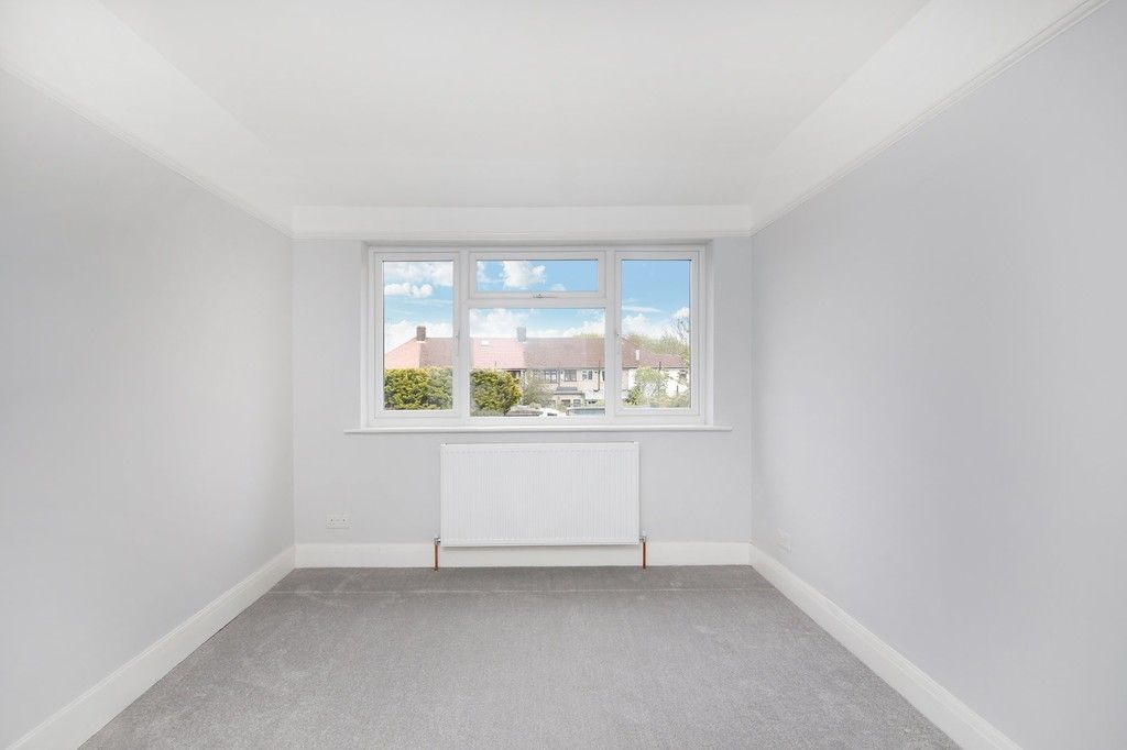 3 bed house for sale in Meadow View, Sidcup, DA15  - Property Image 9