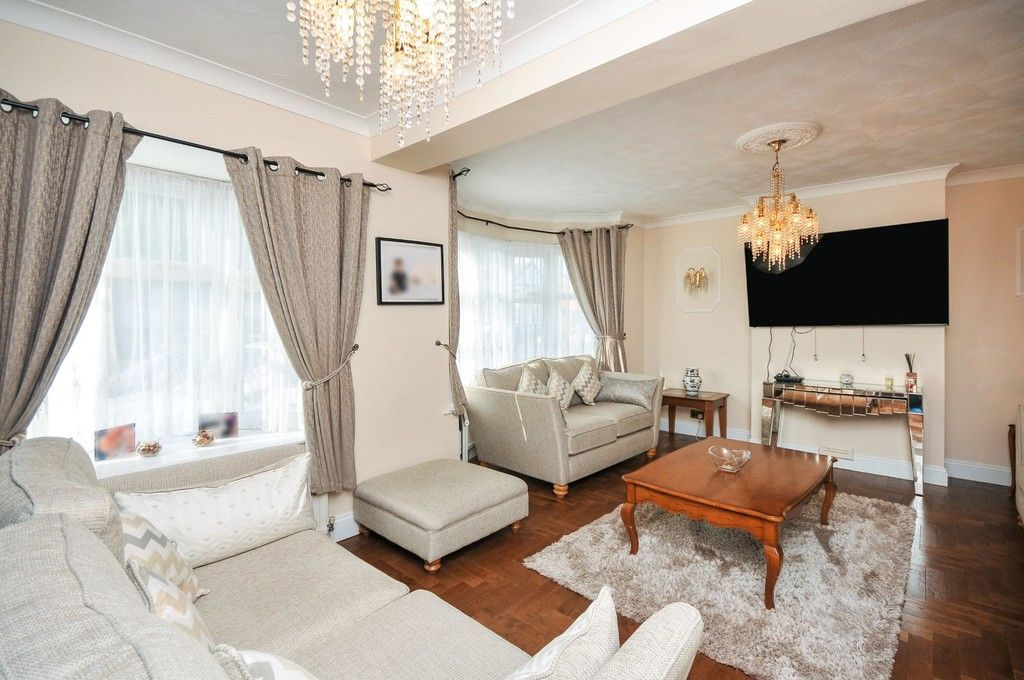 4 bed house for sale in Hurst Road, Sidcup, DA15  - Property Image 2