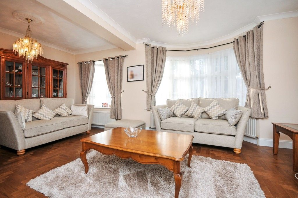 4 bed house for sale in Hurst Road, Sidcup, DA15  - Property Image 3