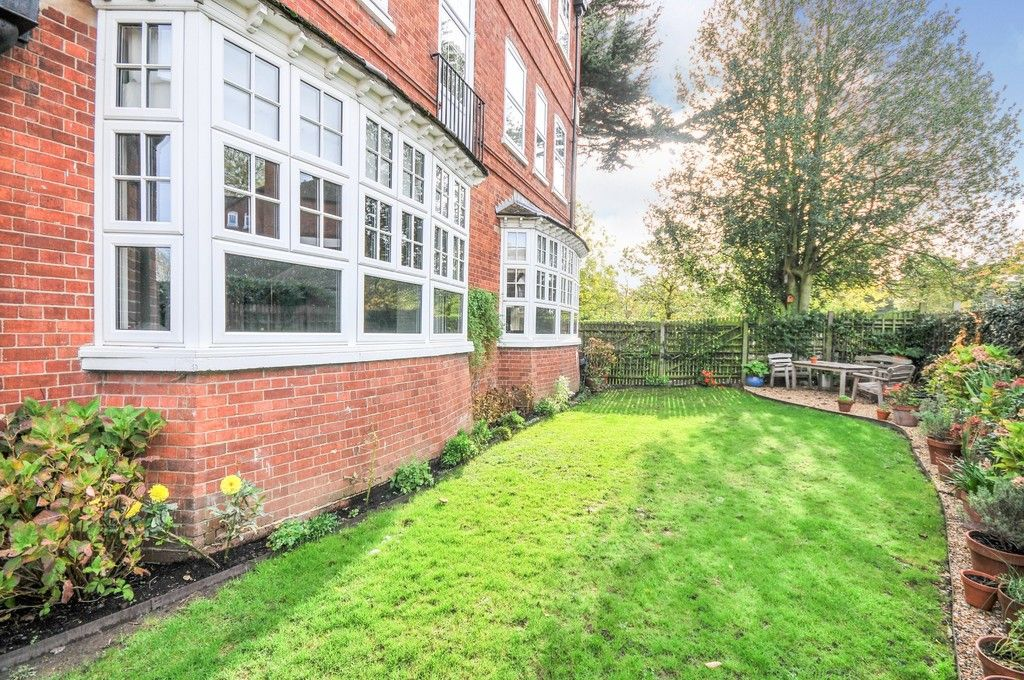 2 bed flat for sale in Acacia Way, Sidcup, DA15  - Property Image 8
