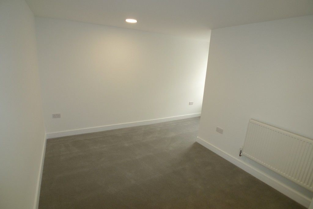 2 bed flat to rent in Station Road, Sidcup, DA15  - Property Image 8