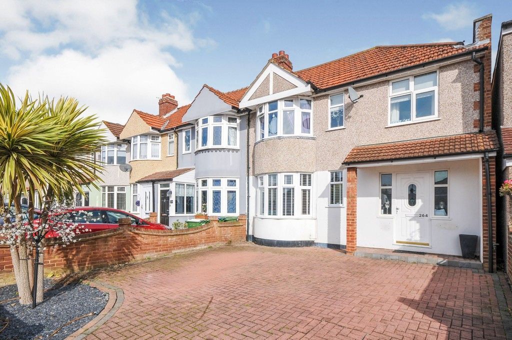 4 bed house for sale in Burnt Oak Lane, Sidcup, DA15, DA15
