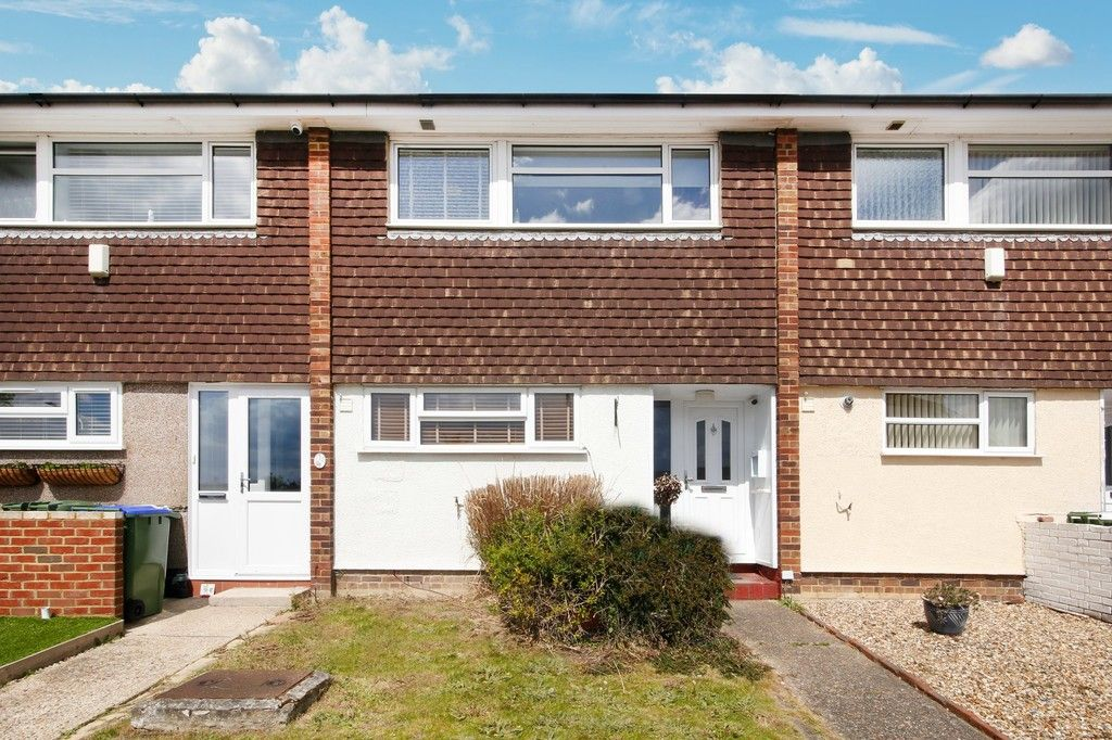 3 bed house for sale in Overcourt Close, Sidcup, DA15 - Property Image 1
