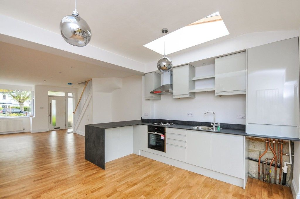 4 bed house for sale in Wellington Avenue, Sidcup, DA15  - Property Image 3