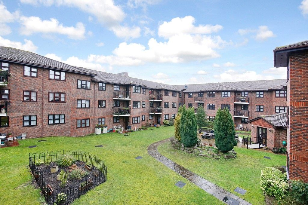 2 bed flat for sale in Hatherley Crescent, Sidcup, DA14  - Property Image 13