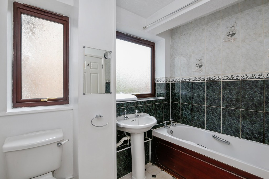 2 bed flat for sale in Footscray Road, Eltham, SE9  - Property Image 6