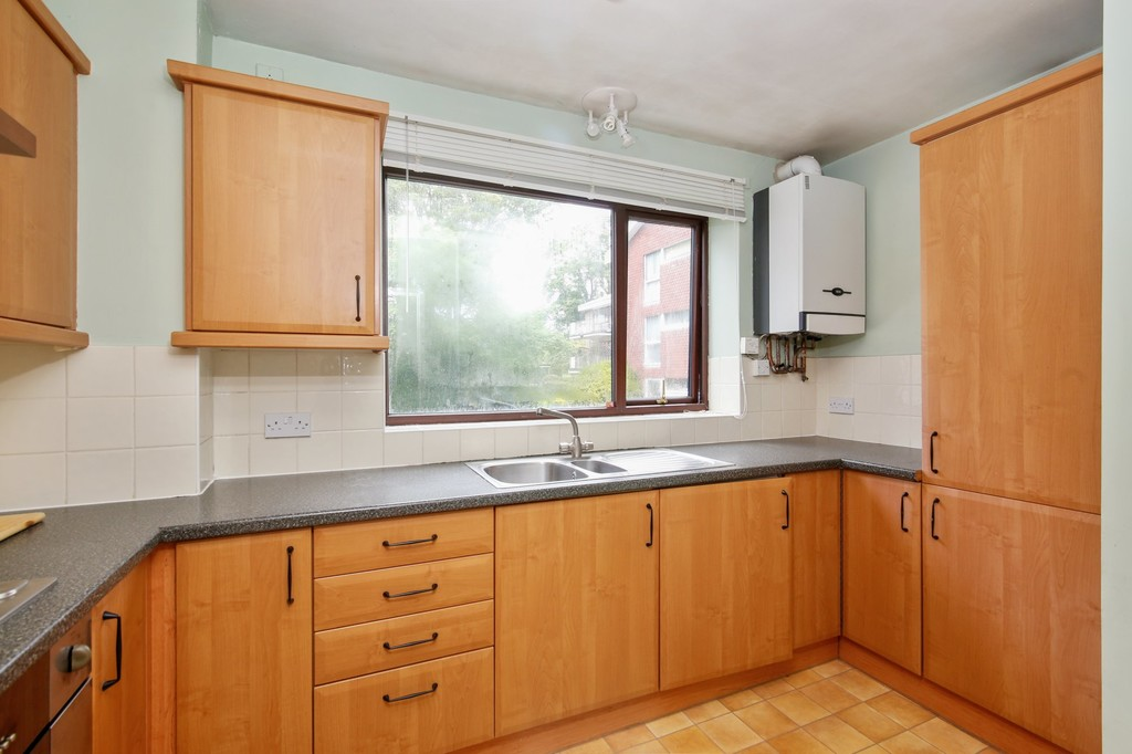 2 bed flat for sale in Footscray Road, Eltham, SE9  - Property Image 9