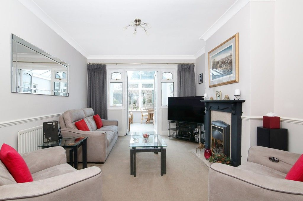 4 bed house for sale in Old Farm Road West, Sidcup, DA15  - Property Image 2