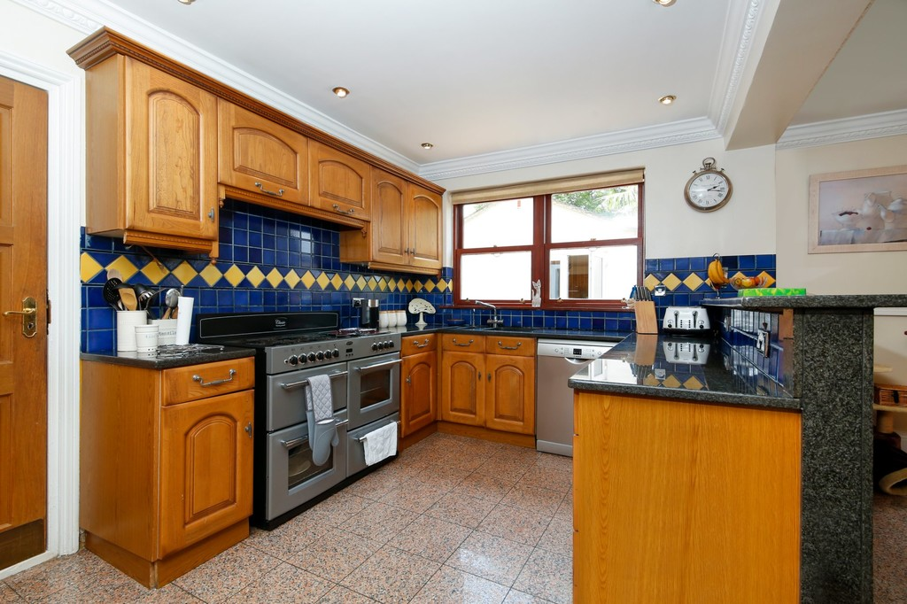 7 bed house for sale in Highview Road, Sidcup, DA14  - Property Image 6