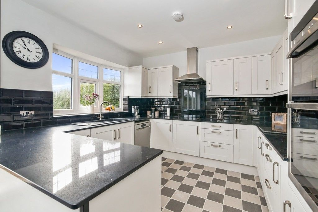 4 bed house for sale in North Cray Road, Sidcup, DA14  - Property Image 5