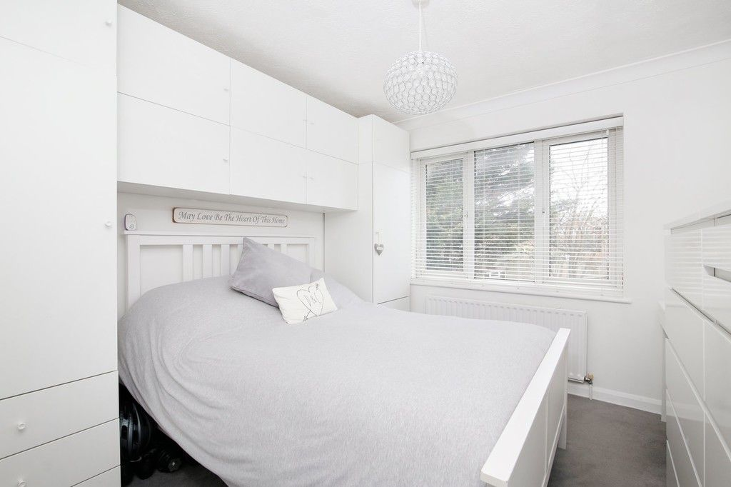 2 bed house for sale in Knole Gate, Sidcup, DA15  - Property Image 4