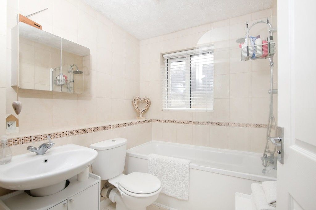 2 bed house for sale in Knole Gate, Sidcup, DA15  - Property Image 5
