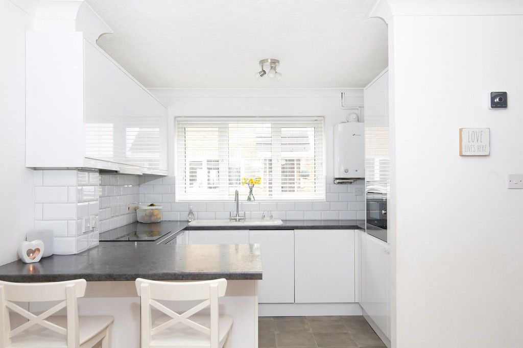 2 bed house for sale in Knole Gate, Sidcup, DA15  - Property Image 9