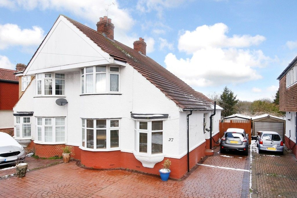 3 bed house for sale in Hurst Road, Sidcup, DA15  - Property Image 1