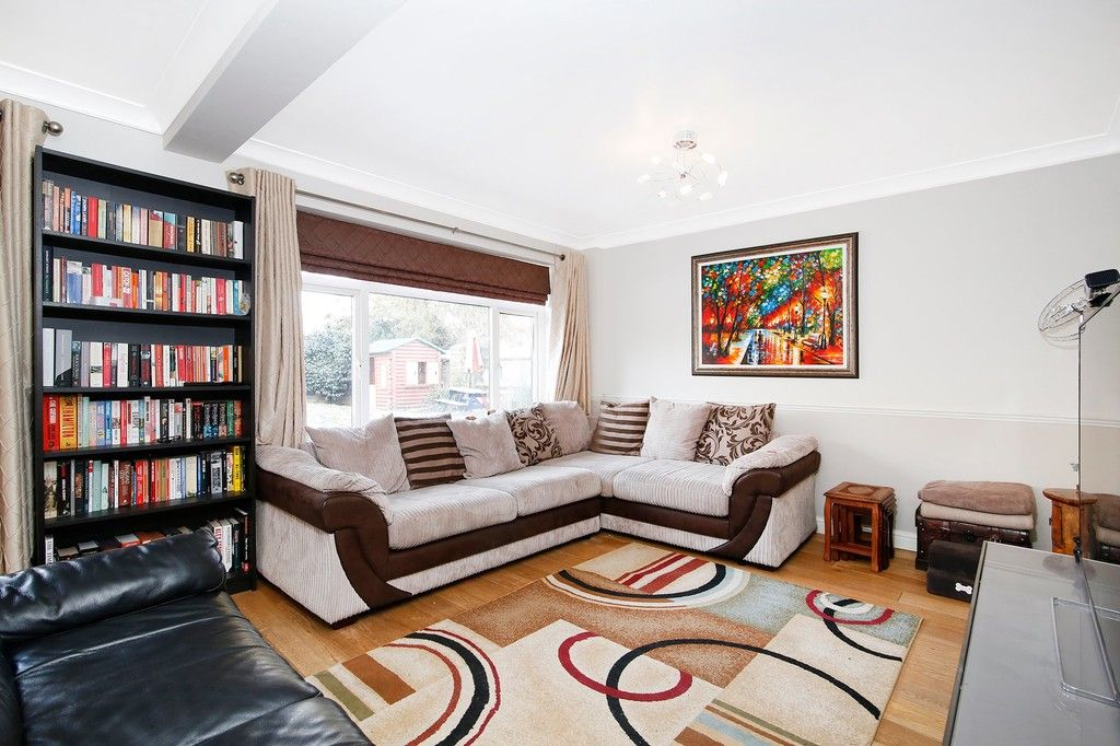 4 bed house for sale in Highview Road, Sidcup, DA14  - Property Image 2