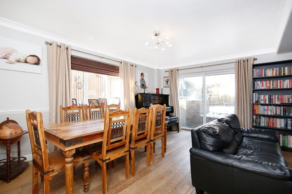 4 bed house for sale in Highview Road, Sidcup, DA14  - Property Image 3