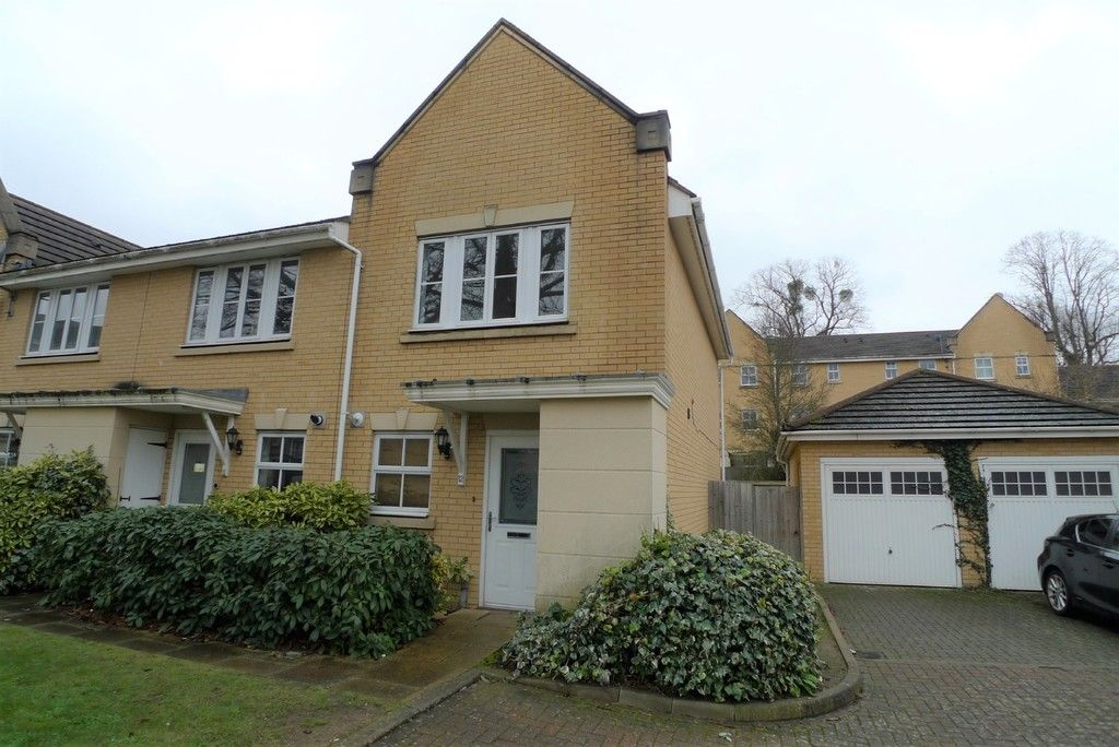 2 bed house to rent in Sparkes Close, Bromley, BR2 2