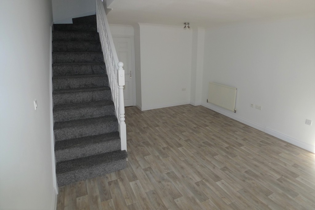 2 bed house to rent in Sparkes Close, Bromley, BR2 4