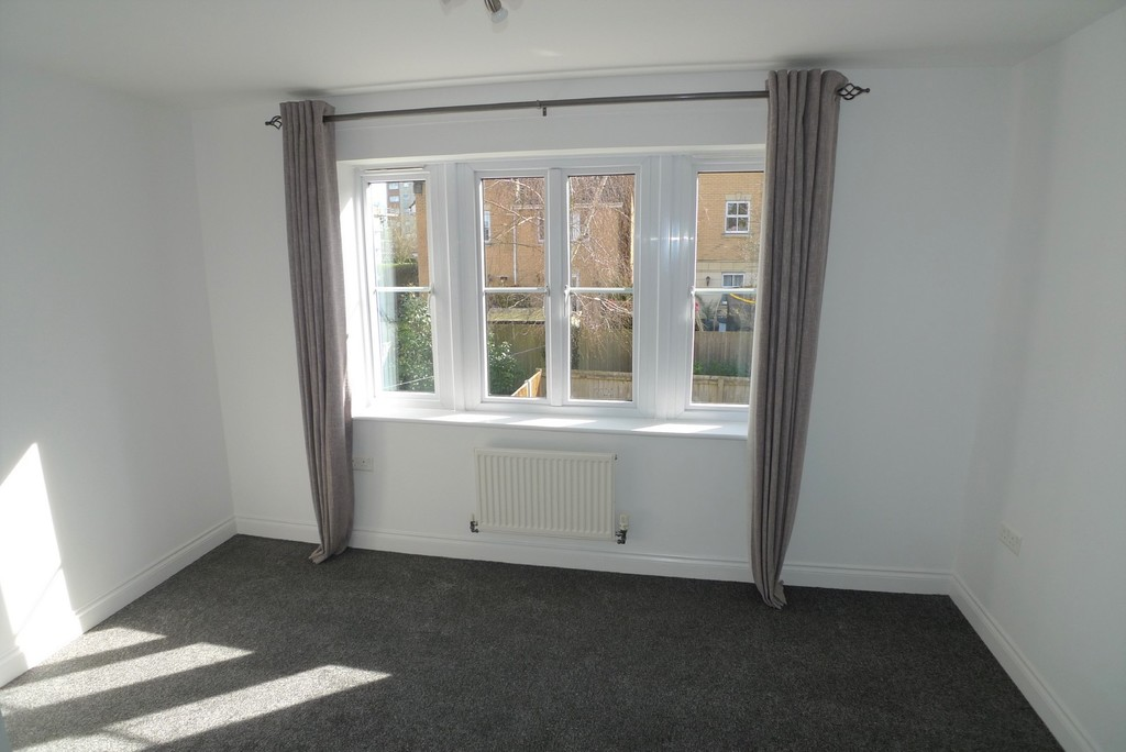 2 bed house to rent in Sparkes Close, Bromley, BR2 7