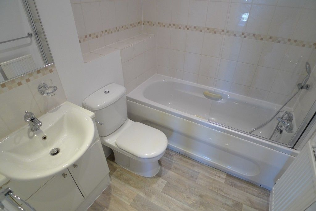 2 bed house to rent in Sparkes Close, Bromley, BR2  - Property Image 9