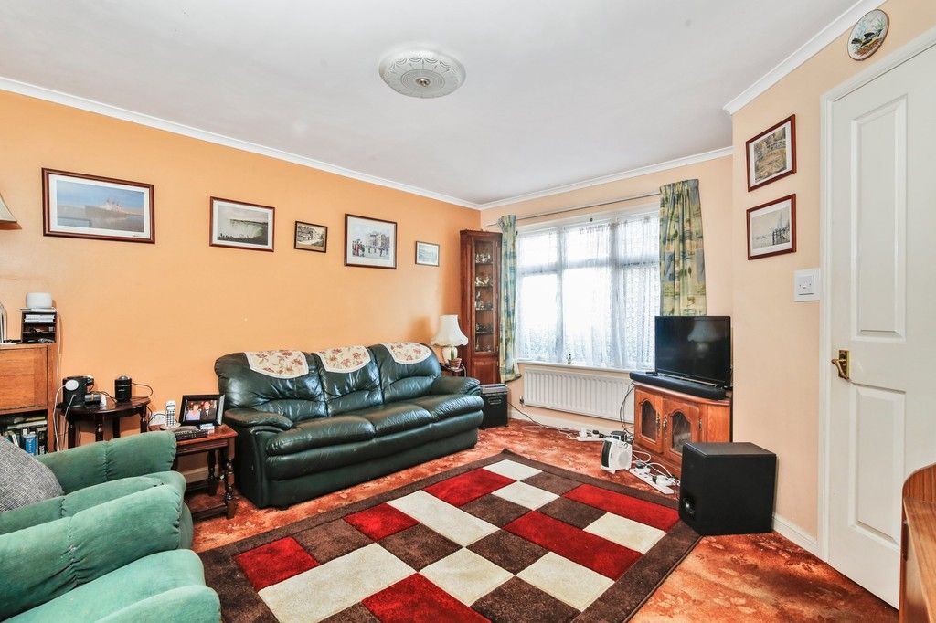 3 bed house for sale in Northdown Road, Welling, DA16  - Property Image 2