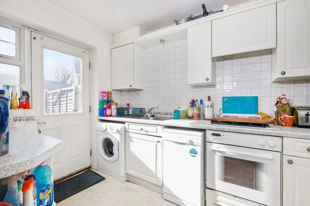 3 bed house for sale in Northdown Road, Welling, DA16  - Property Image 3