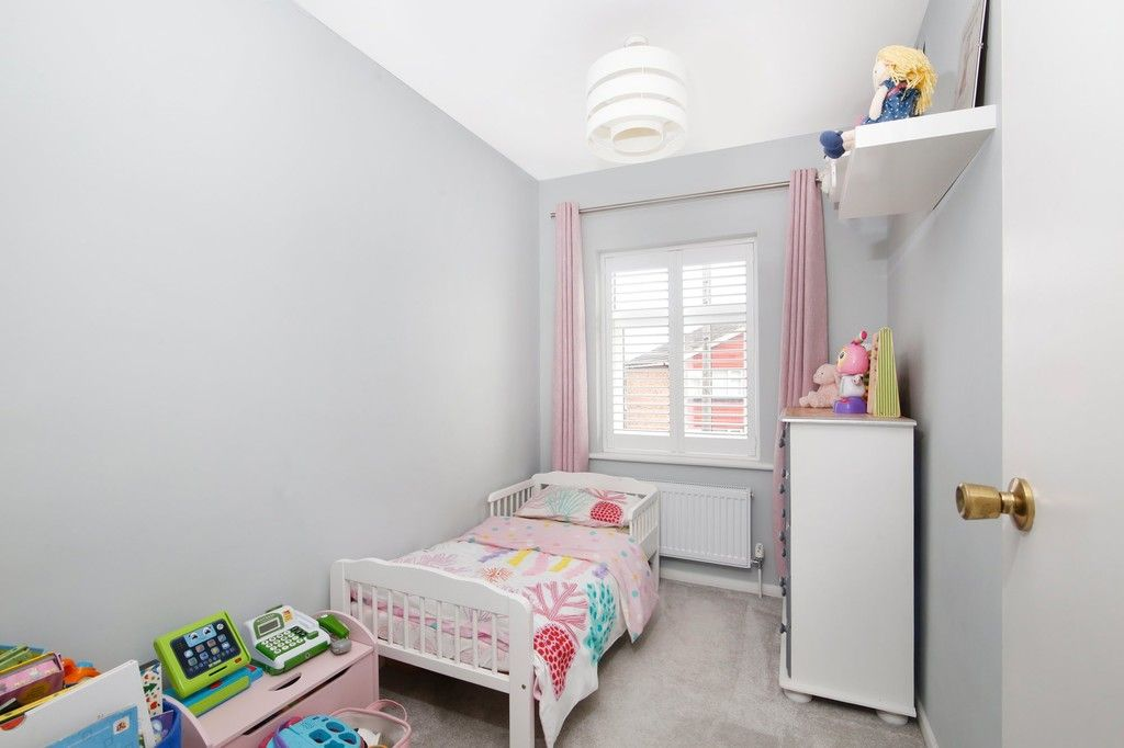 3 bed house for sale in Mark Close, Bexleyheath, DA7  - Property Image 12