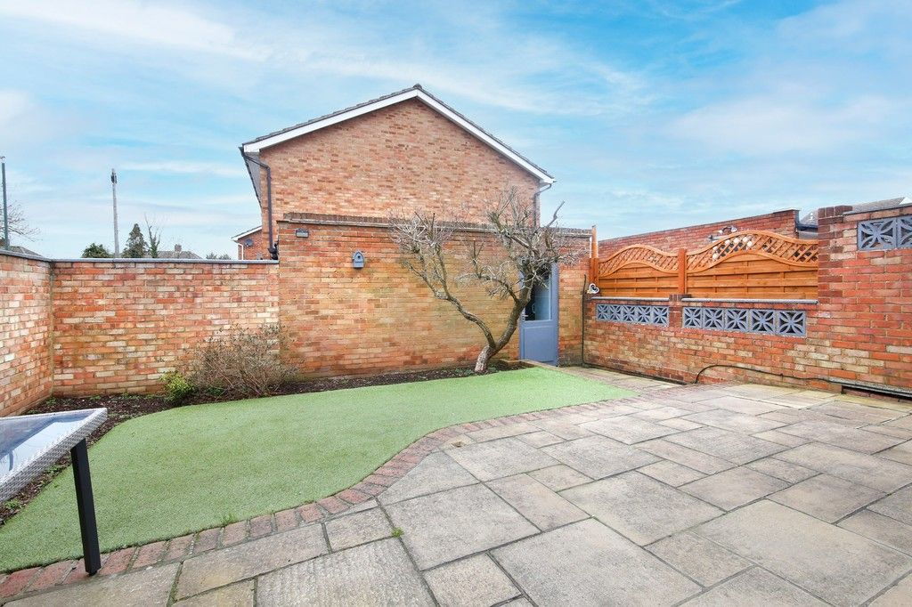 3 bed house for sale in Mark Close, Bexleyheath, DA7  - Property Image 14
