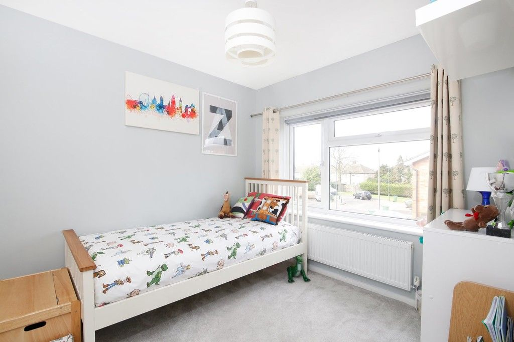 3 bed house for sale in Mark Close, Bexleyheath, DA7  - Property Image 5