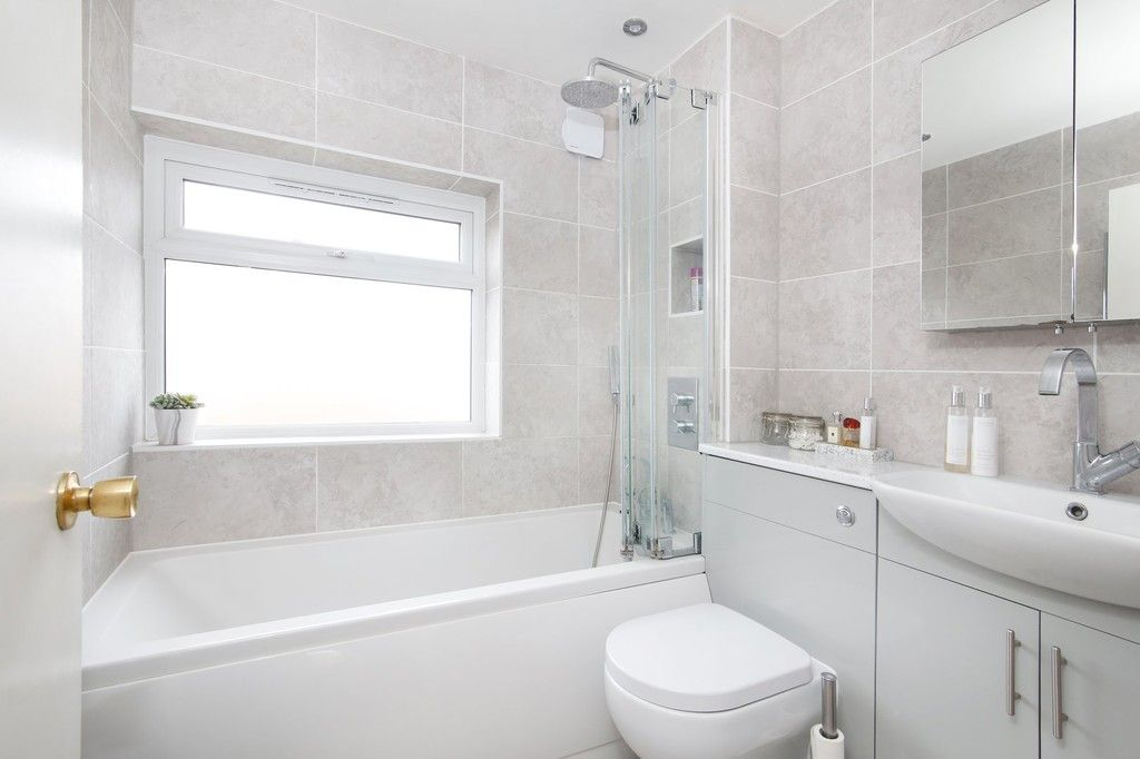 3 bed house for sale in Mark Close, Bexleyheath, DA7  - Property Image 6