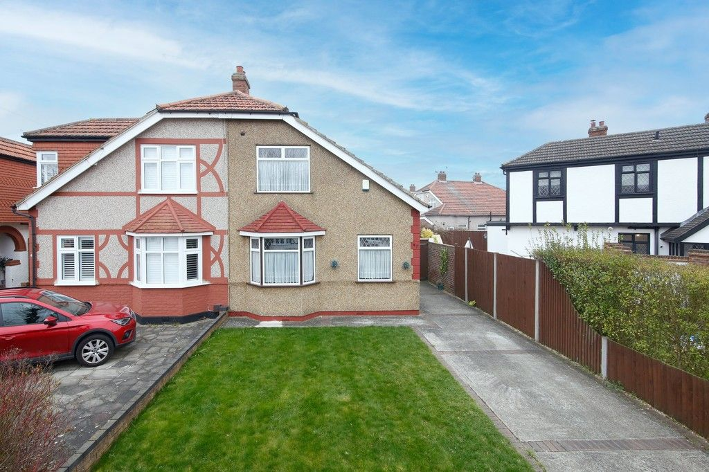 3 bed house for sale in Elmcroft Avenue, Sidcup, DA15, DA15