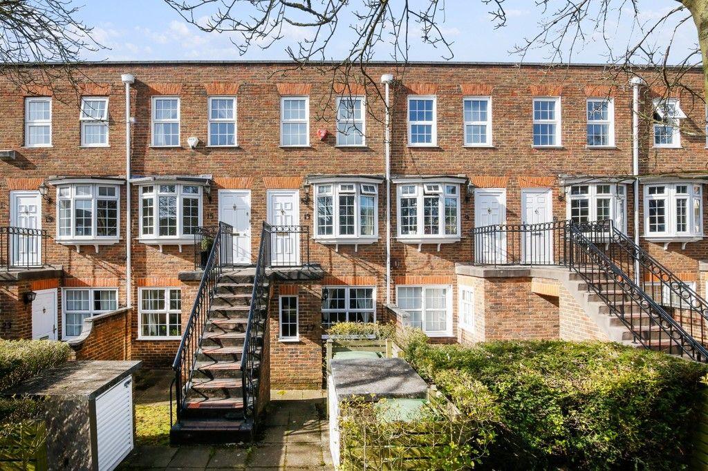 1 bed flat for sale in Adams Square, Bexleyheath, DA6, DA6