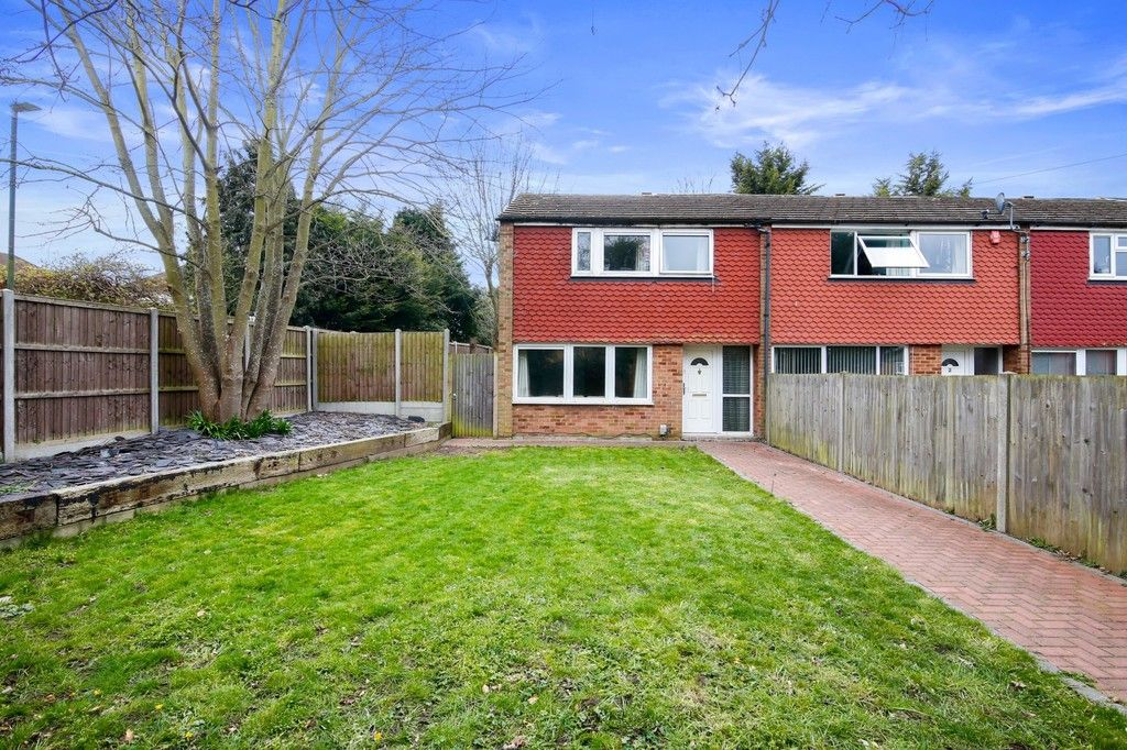 3 bed house for sale in Rutland Close, Bexley, DA5  - Property Image 1