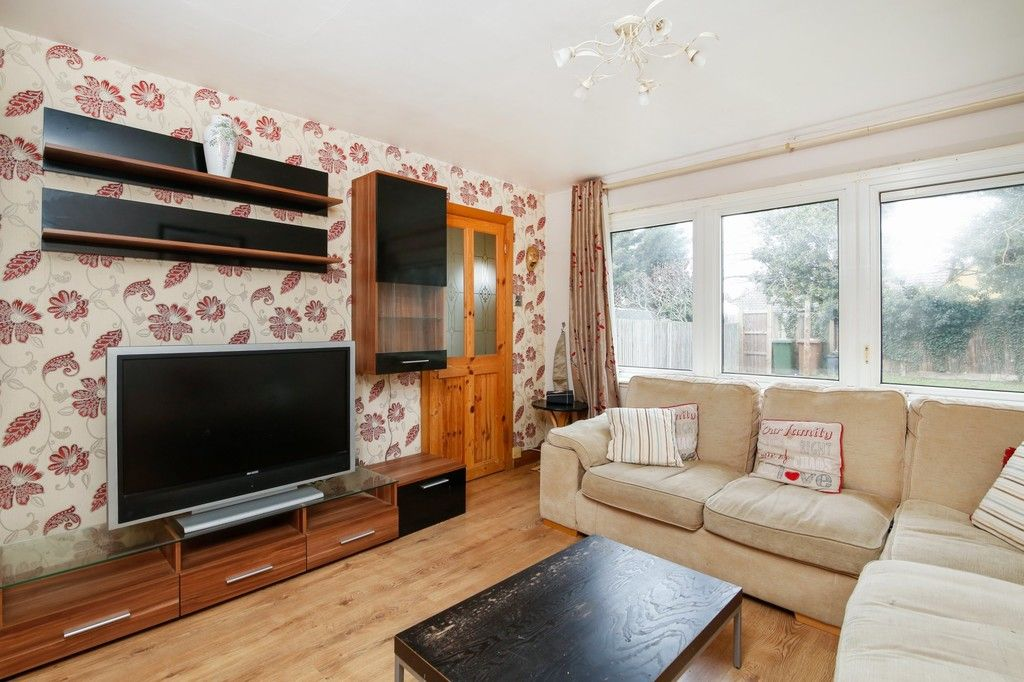 3 bed house for sale in Rutland Close, Bexley, DA5  - Property Image 2