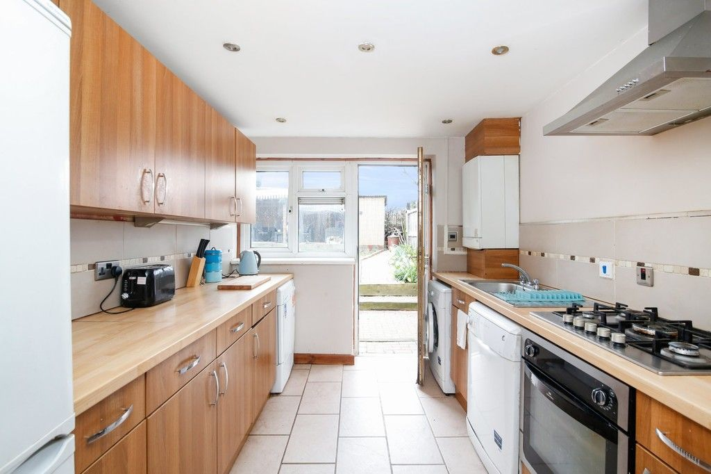 3 bed house for sale in Rutland Close, Bexley, DA5  - Property Image 3