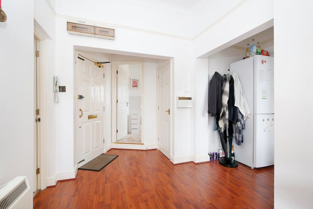 1 bed flat for sale in Acacia Way, Sidcup, DA15  - Property Image 4