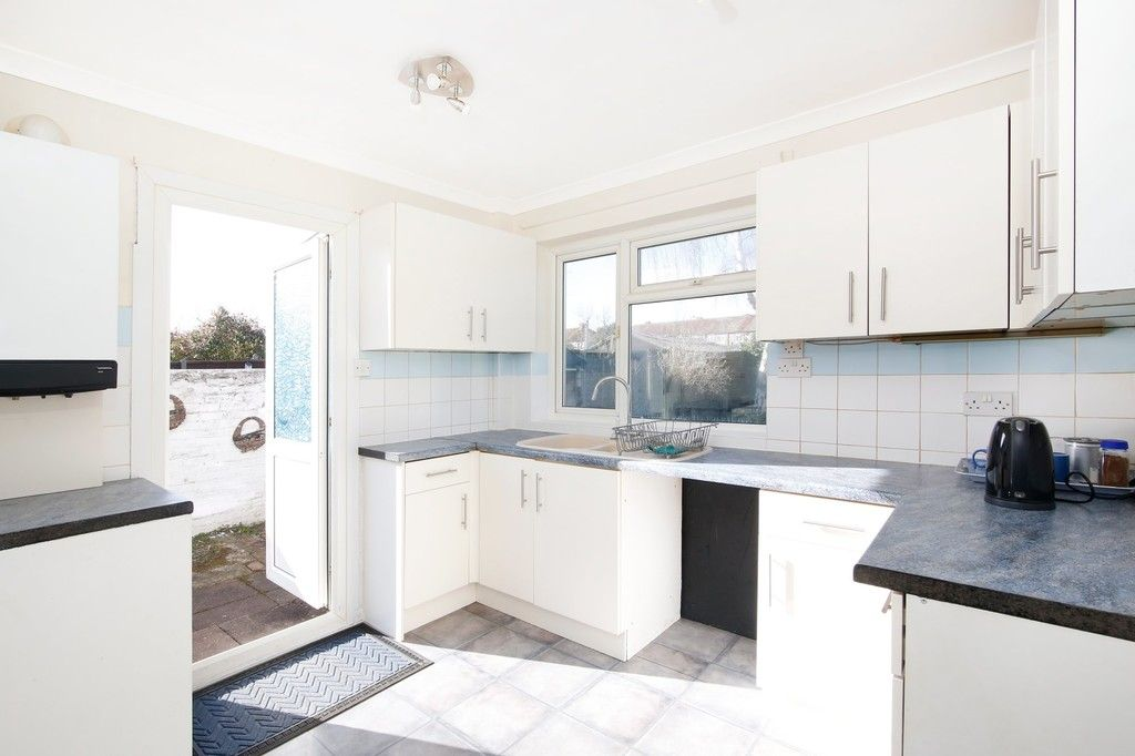 3 bed bungalow for sale in Northumberland Avenue, Welling, DA16  - Property Image 3